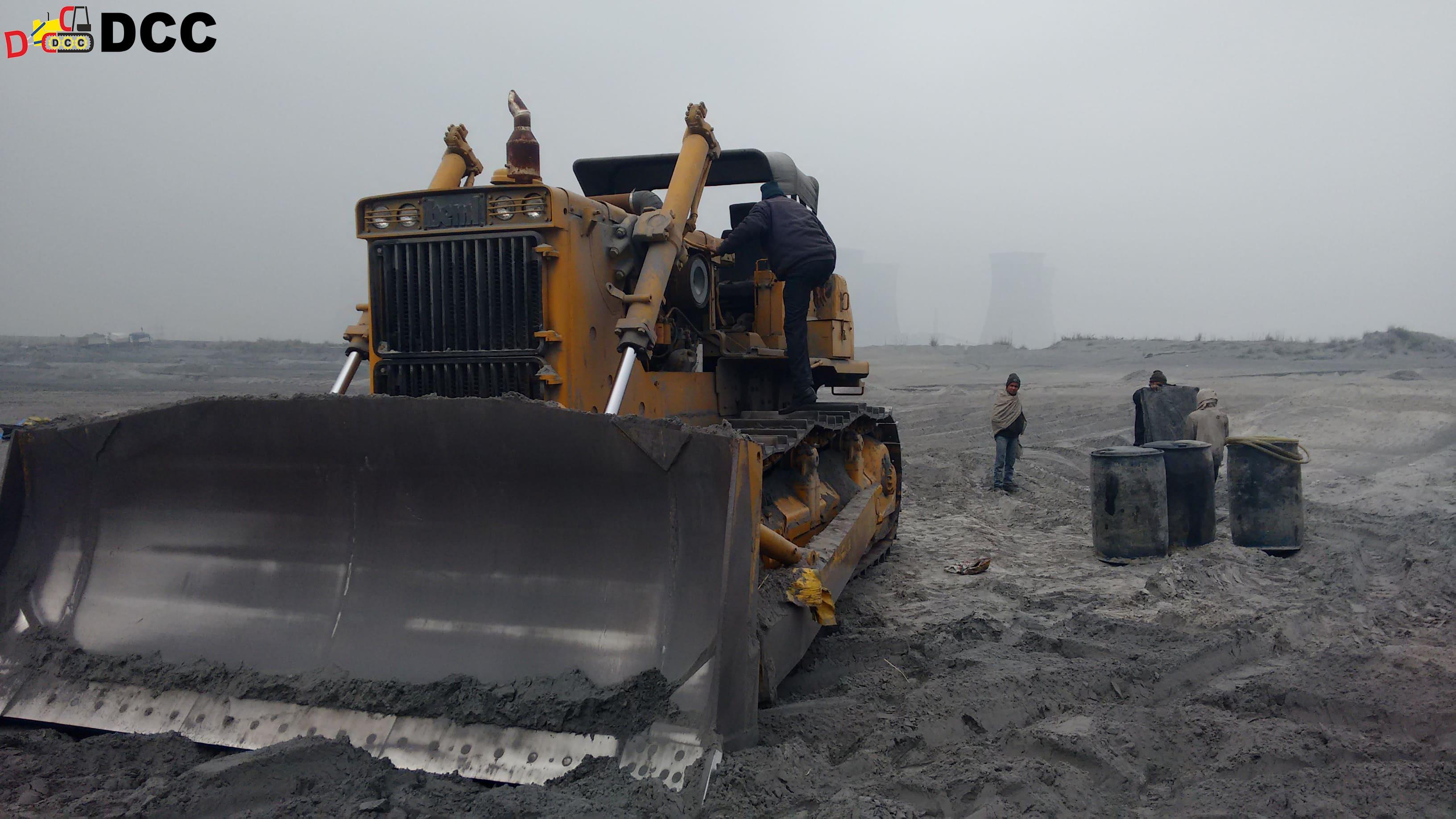 D155 Bulldozer - BEML 1