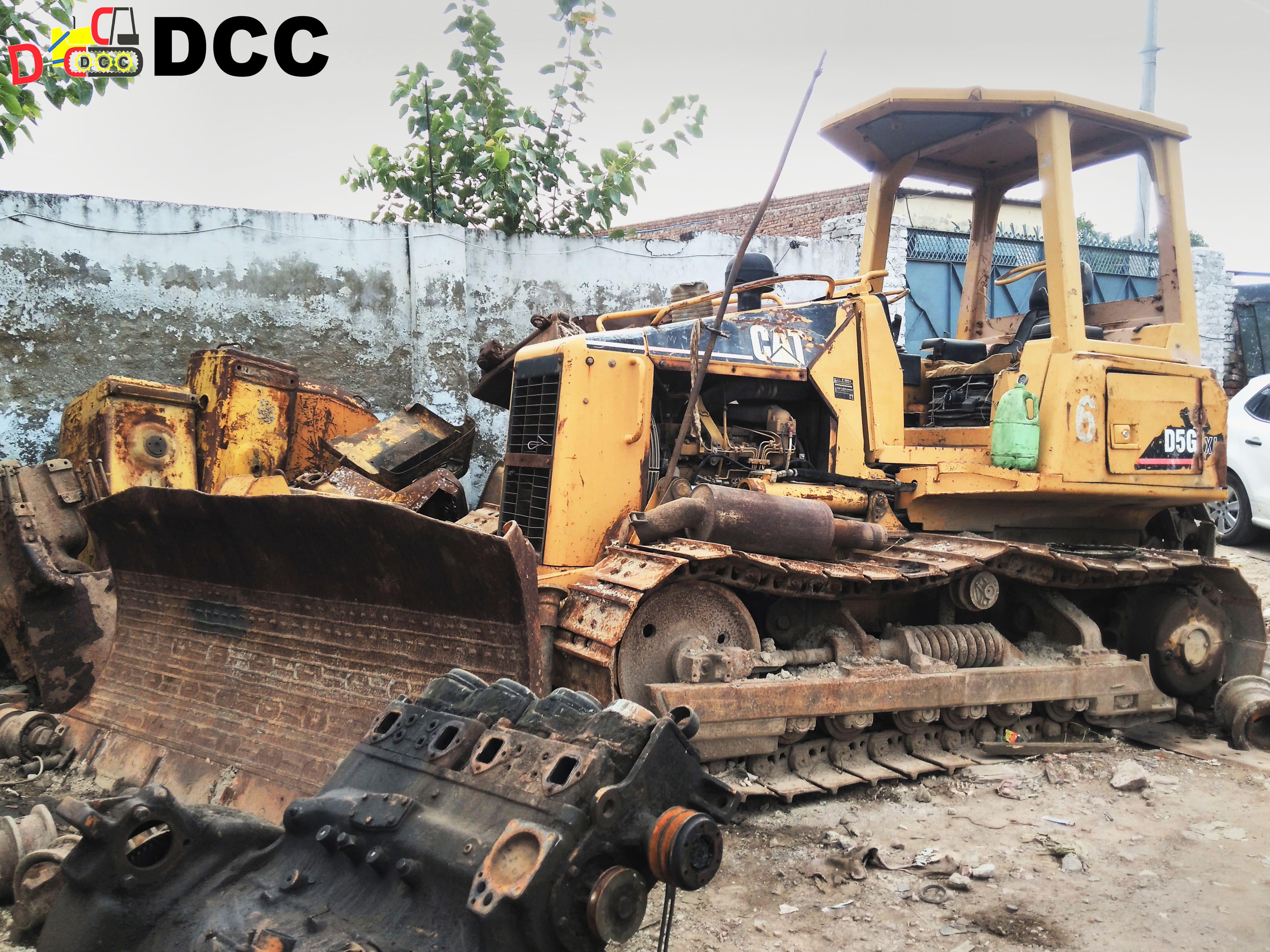 D5G Caterpillar 2
