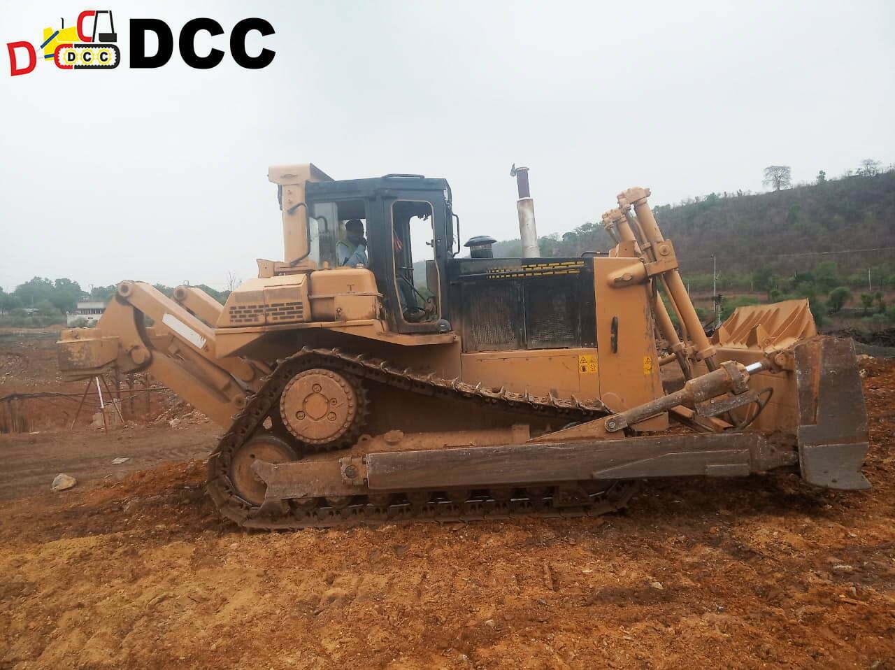 Old Bulldozer SD7N 3