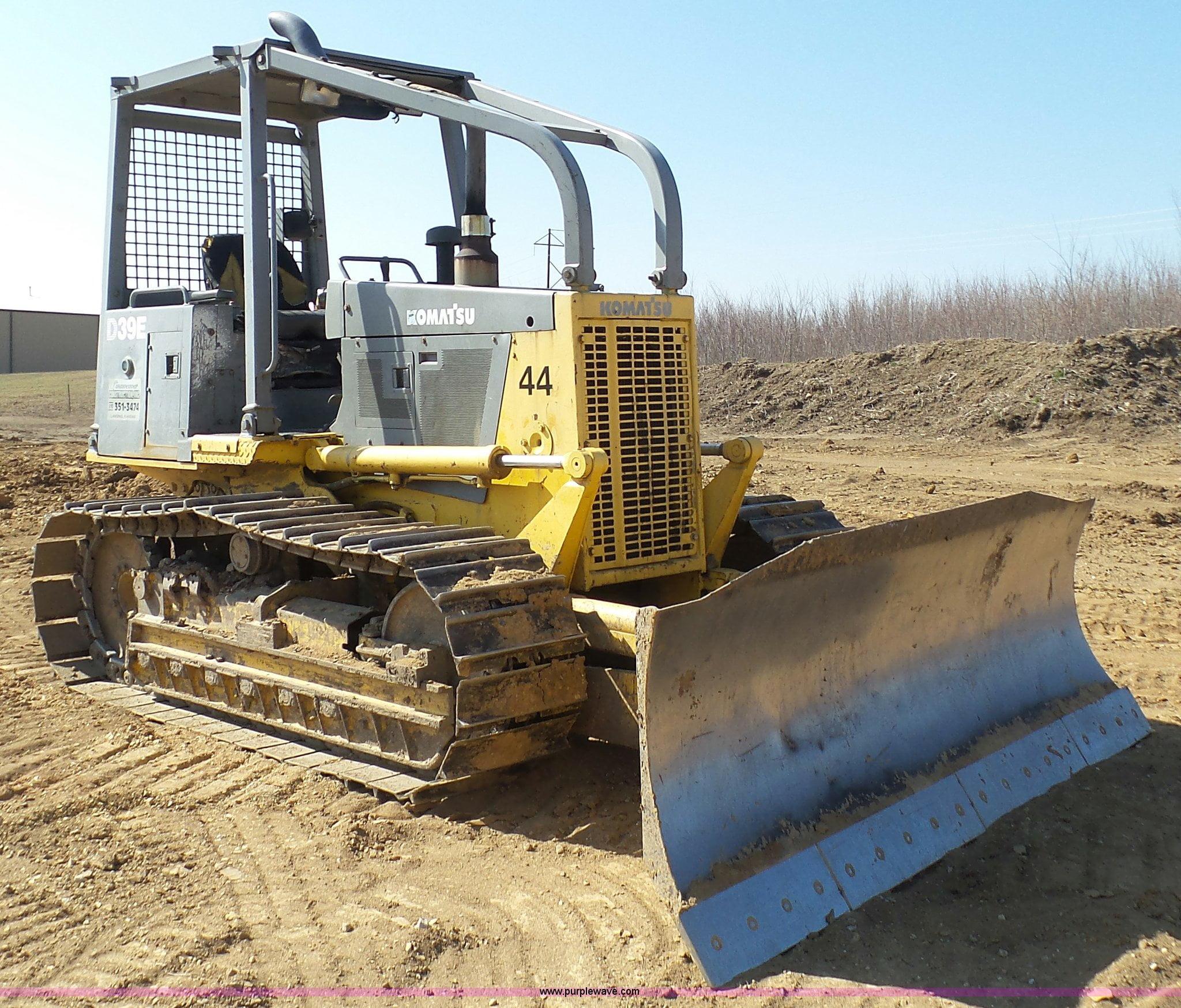 Bulldozer D39E